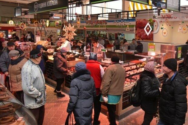 Гидота приїхала з Польщі: вінничанам впарюють заражених курей, забудьте про грилі
