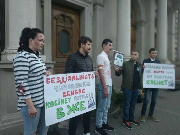 """""""Ні новим Зайцевим!"""": львів'яни оголосили війну наркотикам за кермом"""
