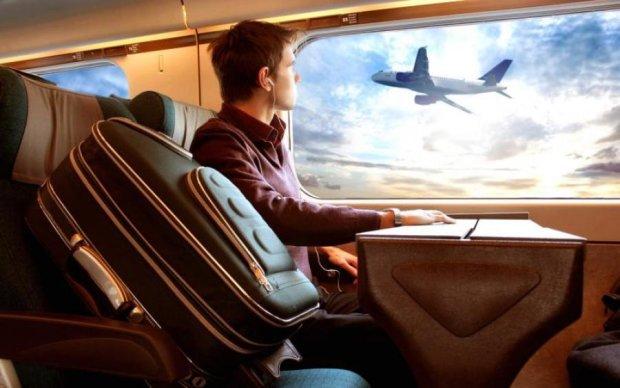Коли авіаперельоти дійсно вигідні: способи економити