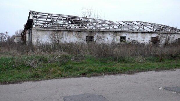 В таком состоянии вся инфраструктура села Яцыны
