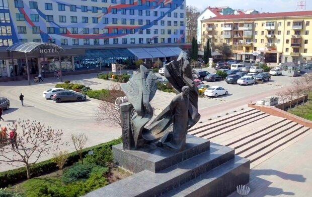 "Марцинкива срочно вызвали суд, но мэр Франковска решил обойти мантии - ""Играете в политику"""
