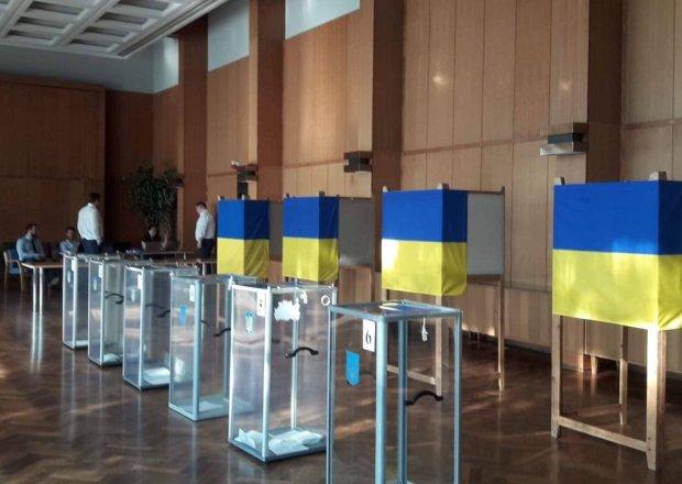 В Харькове новую Раду выбирали мертвецы: мерзкая схема всплыла на глазах у всего города