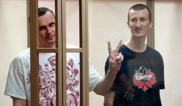 Сенцов и Кольченко написали письма Савченко (фото)