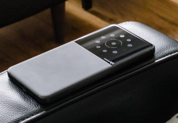 Nokia 9 с пятью камерами показали в защитном чехле: фото