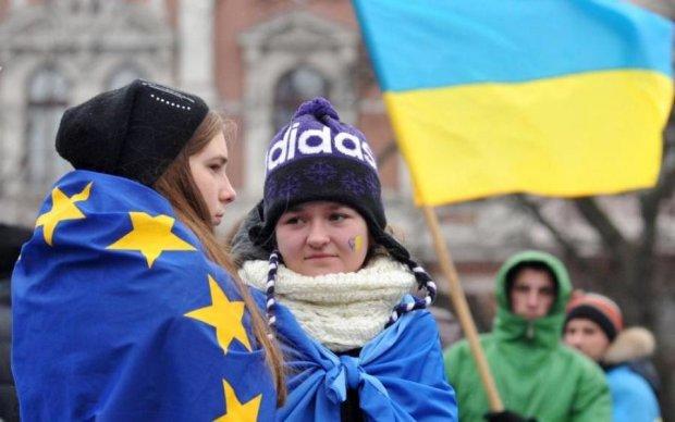"""""""Платный безвиз"""": стало известно, какие испытания ждут украинцев в Европе"""
