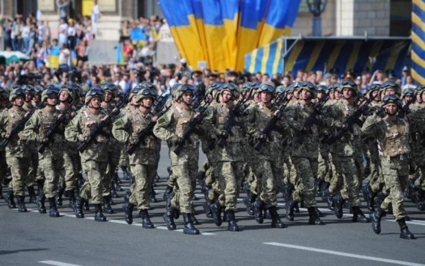 """Скільки коштує військовий парад, загадка навіть для """"своїх"""""""