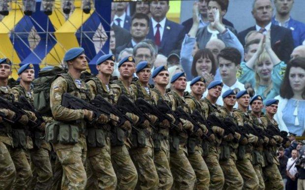 Политик объяснил, нужны ли Украине военные парады