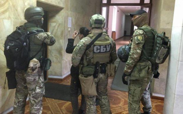 """СБУ оставила """"переселенцев"""" без бюджетных денег"""