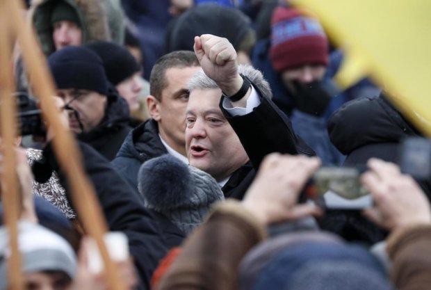 Томос-тур Порошенка обростає скандалами: українці дізналися неймовірне, кров закипає від злості