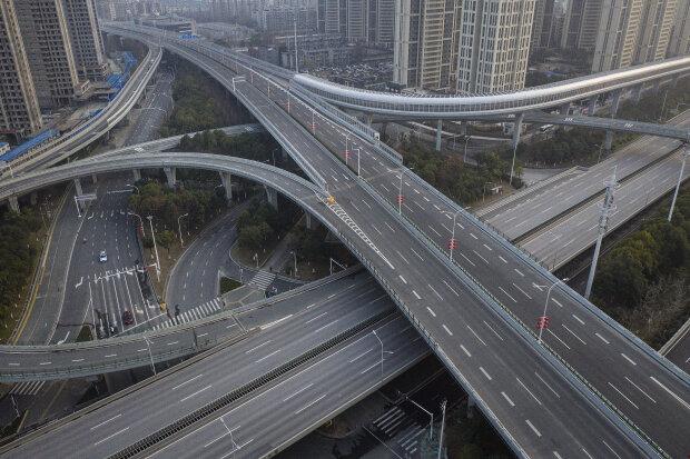 Китай, лютий 2020 року, порожні дороги через спалах коронавірусу, фото: Getty Images