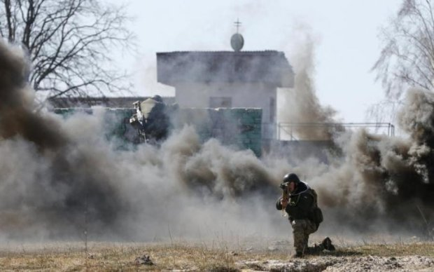 "Боевики минометами ""освобождали"" дома в Марьинке"