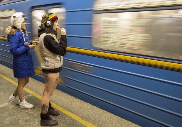 У Києві підлітки облюбували нову смертельну гру: екстрим, швидкість, ціль - вижити