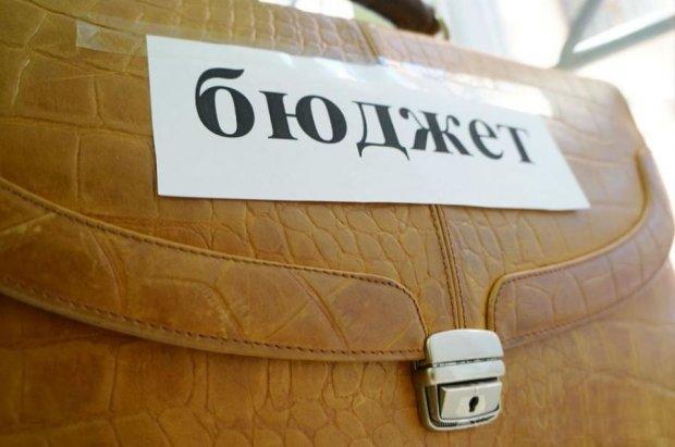 Київські депутати переділять бюджет міста