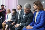 """НАБУ обшукує елітний клуб Порошенка, """"тітушки"""" напоготові - у кращих традиціях Януковича"""