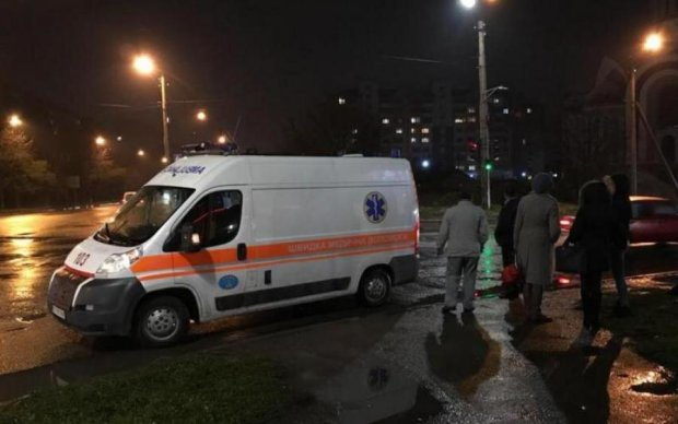 У страшній ДТП загинула наречена франківського кіборга: фото з місця аварії