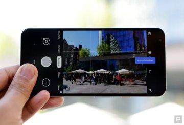 5c566bebafa25 Смартфон Pixel 3a оснащён 5,6-дюймовым OLED дисплеем с Full HD+ разрешением  2140×1080 точек, в то время как в Pixel 3a XL применяется 6-дюймовый OLED  экран ...