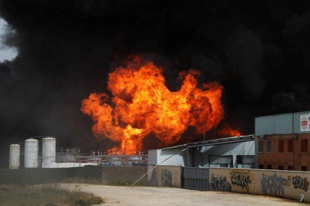 Одеса здригається від вибухів, підключилася артилерія: що відбувається