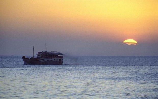 """Пастка в Азовському морі: українські кораблі запливли в """"тенета"""" Путіна"""