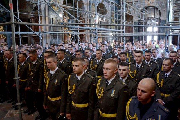 Крепкие плечи Украины: сколько добровольцев пожертвовали собой ради нас