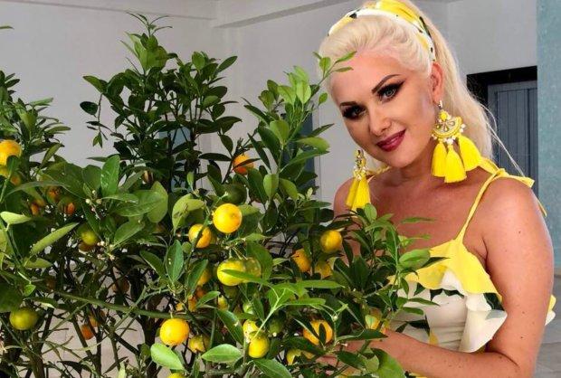 Бужинская похвасталась естественной красотой: фото без макияжа и пластики