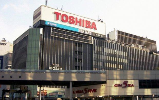 """Американская """"дочка"""" Toshiba обанкротилась"""