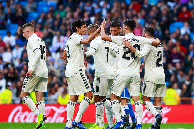 Реал по-королевски забил 10 голов и прошел дальше в Кубке Испании
