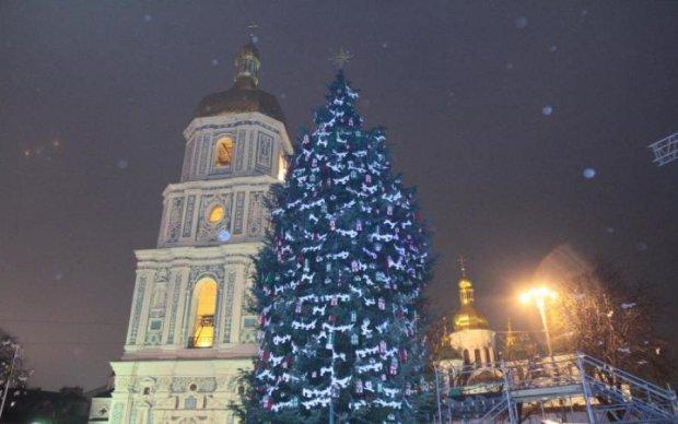 Новый год 2018 в Киеве: как выглядели главные елки страны