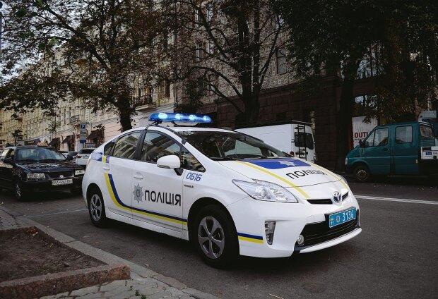 Задушил и замотал в ковер: по Одессе разгуливает убийца пенсионерки, фото преступника