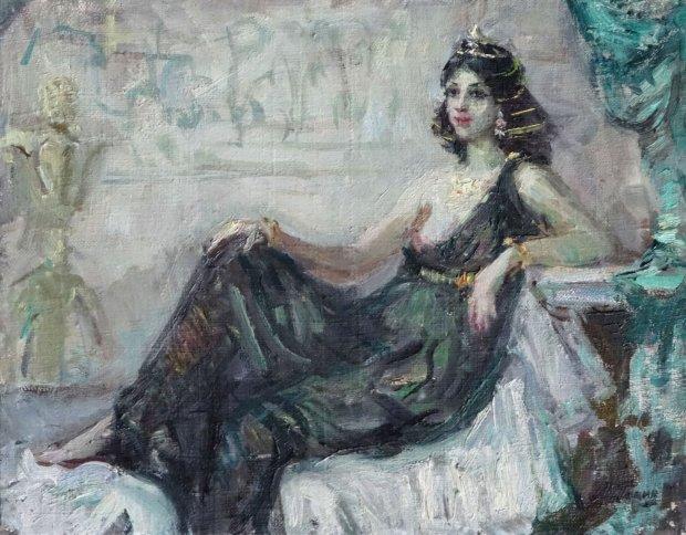 Миру показали самое древнее платье в истории