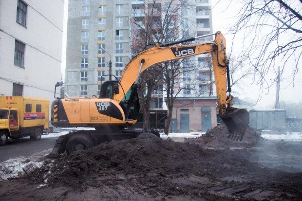 Новый год для тысяч киевлян превратился в ледяной кошмар: пока у Кличко праздновали, люди замерзали без отопления и воды