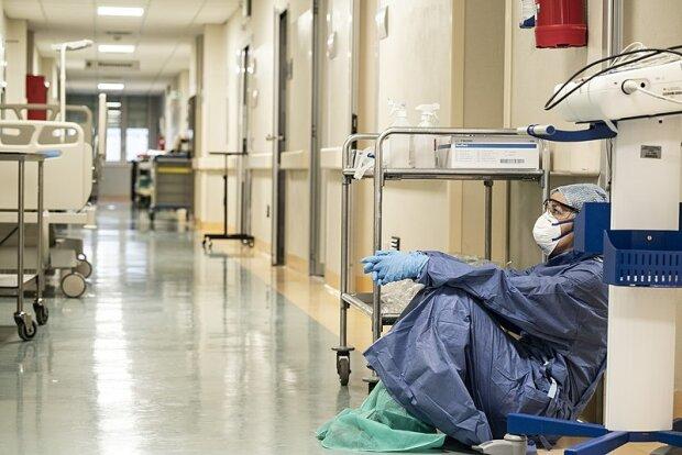 """""""Не волна, а девятый вал"""": врачи шокировали правдой о распространении коронавируса"""