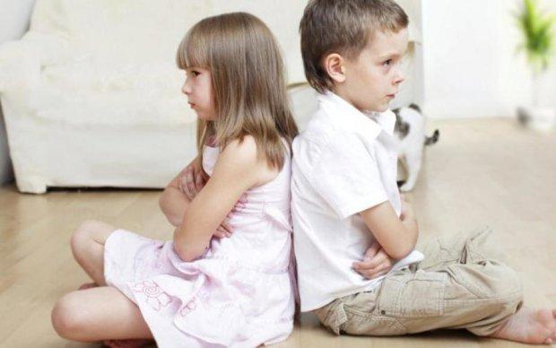 Вчені розповіли, як брати й сестри впливають на мозок