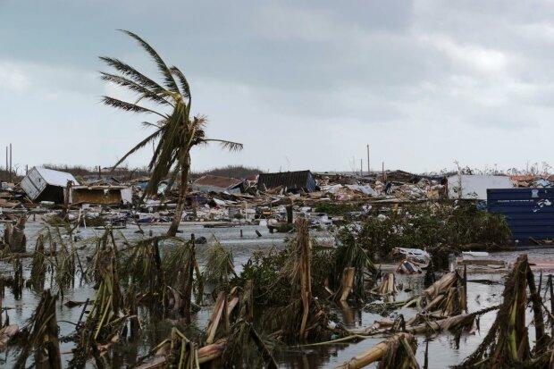 Нищівний ураган Доріан ознаменував початок кінця для всього людства: повториться знову