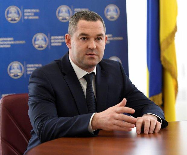 """""""Вывезли в багажнике, на """"евробляхе"""", с молдованином за рулем"""", - журналист рассказал о побеге Продана накануне допроса: видео"""