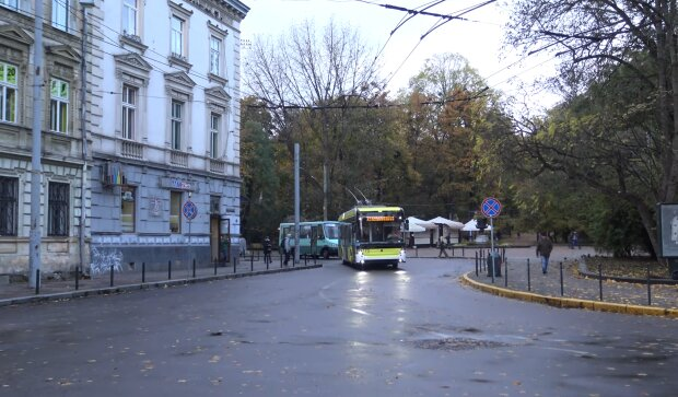 Троллейбус во Львове, скриншот с видео