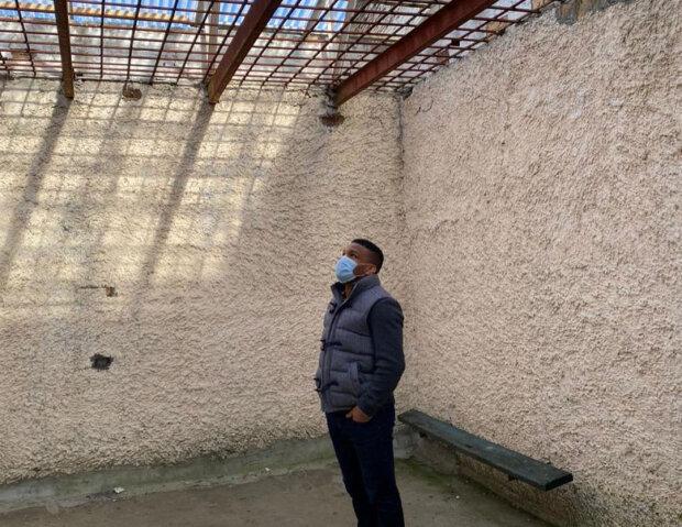 Жан Беленюк відвідав СІЗО, де зустрівся з неповнолітніми ув'язненими, фото: Instagram