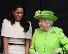 королева Елизавета и Меган Маркл