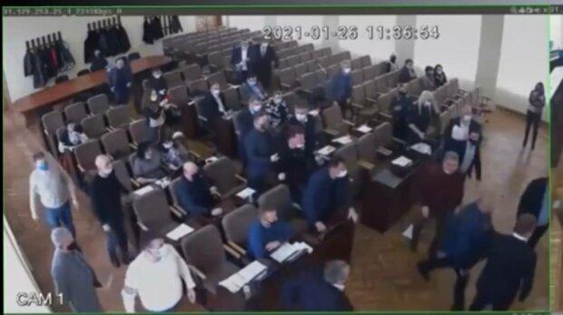 Бійка в Харкові, фото: скріншот з відео