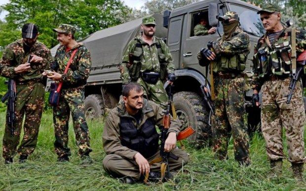 Сотня бойовиків написала заяви про звільнення