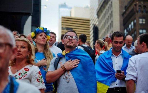Пустилися в танок: дипломати США записали привітання до Дня Незалежності
