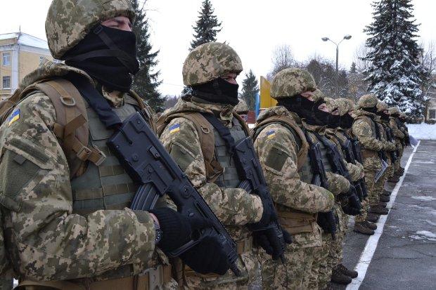 Український військовий наклав на себе руки на очах у близьких: моторошні подробиці