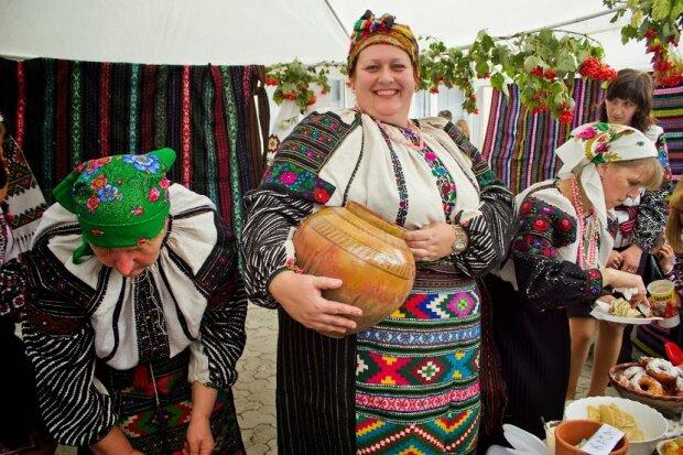 Франківці, всі за смаколиками: Коломия запрошує на гастрономічний фестиваль