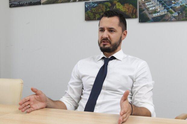 Роман Опімах, novavlada.info