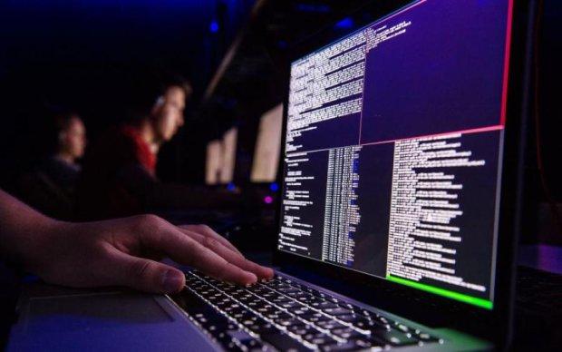 """СБУ создаст """"единый щит"""" для кибербезопасности украинцев"""