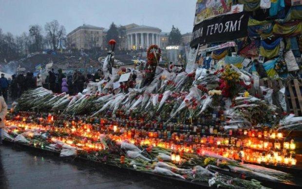 Українцям показали проект меморіалу Героям Небесної Сотні