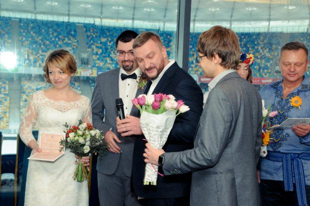 Во Львове - свадебный бум: как стать супругами за сутки