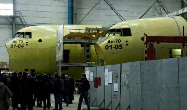 Українському авіабудуванню потрібна стратегія збереження й розвитку, - Медведчук