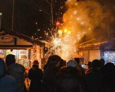 Новорічний феєрверк, фото: vezha.vn.ua