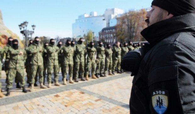 """""""Азов"""" прийняв до своїх лав сорок бійців """"Правого сектора"""""""
