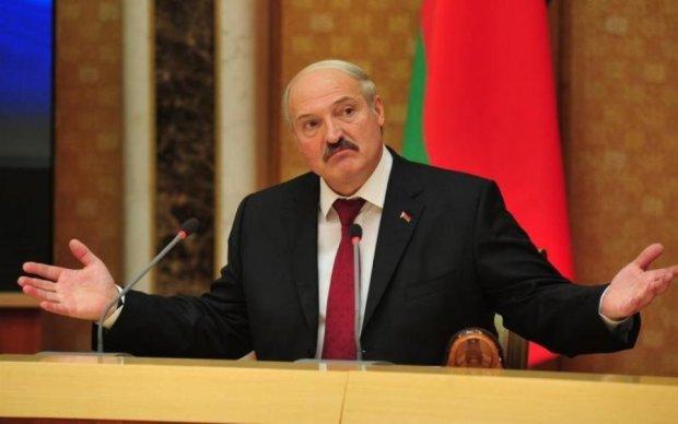 Кінець фейкам: Лукашенко втілить головну мрію Ілона Маска